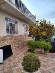 Alugo casa em Capoeiras