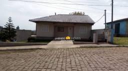 Casa com 3 dormitórios à venda, 100 m² por R$ 250.000 - Centenário - Lajeado/RS