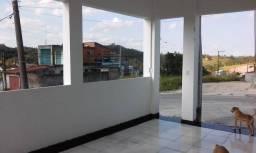 Aluga se linda casa em Mogi d Cruzes. Bairro Butujuru p residência ou  comercio $680.