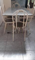 Mesa tubular com 6 cadeiras