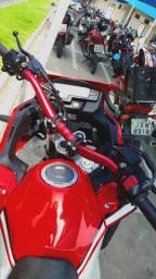 Guidon oxxy vermelho