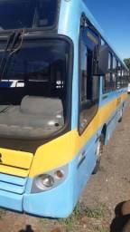 Vende se 02 ônibus urbanos Volks 15190 e Mercedes O500