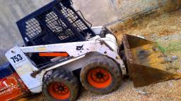 Vendo Bobcat 753