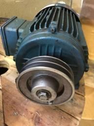 Motor 5 CV trifásico   RPM 3510
