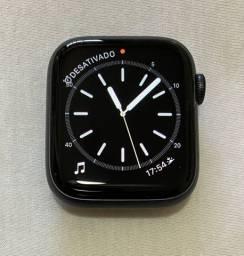 APPLE WATCH 4- 44 mm GPS - Caixa de Alumínio cinza grafite