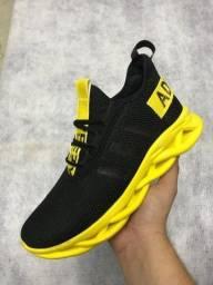 Sapatos diferentes modelos