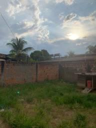 Casa murada | Bairro Araceli