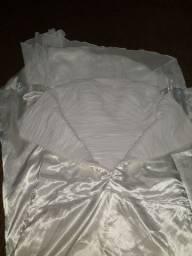 Vestido de noiva semi novo.