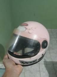 Capacete rosa por 25