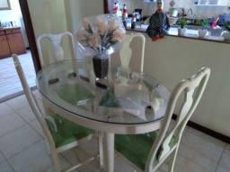Vendo mesa de 4 lugares