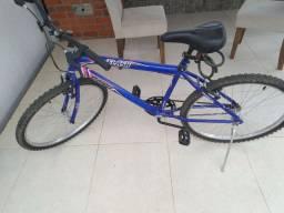 Vende-se bicicleta com pouco tempo de uso semi nova