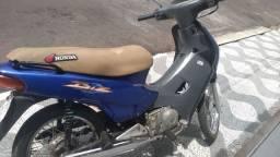 Honda C100 Biz 100 (moto de leilão)