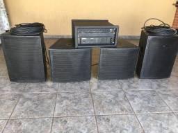 Som: caixas e amplificador
