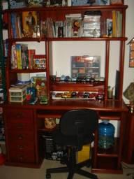 Mesa de escritório de madeira maciça