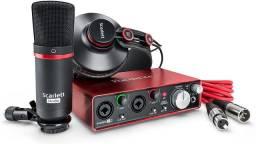 Kit Home Studio de gravação Scarlett 2i2