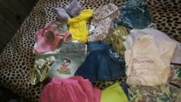 lotinho  de roupas para menina