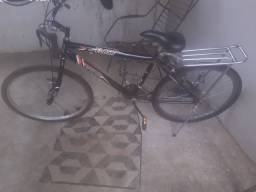 Bicicleta 18 marchas nova