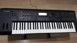 Teclado Yamaha MOX 6