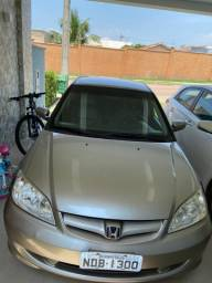 Honda civic 1.7/automático