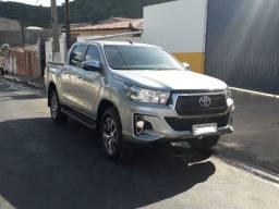 Vendo Hilux SRV 19-20     Prata