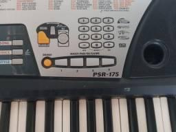 Teclado Yamaha psr175