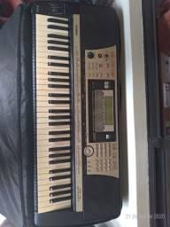 Teclado Yamaha Psr740 Usb 1350 ( custa em media 1800)