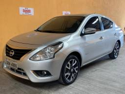 Nissan Versa Unique 2015/16 1.6