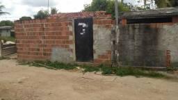 Casa em João amozona por trás da coneste, Entrada de frente a AmBev