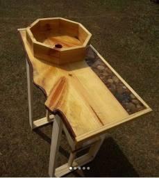 Lavatorio e bancada para banheiro em madeira e resina