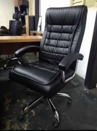 Cadeira Mega Presidente em 6x se juros