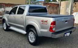Toyota Hilux SRV ano 2015 automática RELÍQUIA.....59 MIL KM