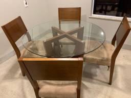 Conjunto mesa + 4 cadeiras madeira