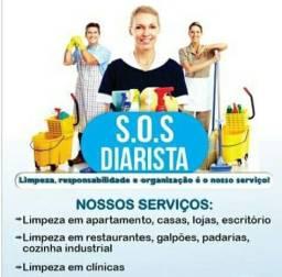 Título do anúncio: Diaristas e faxineiras Promoção de Agosto a partir de 75 reais muito barato marque a sua