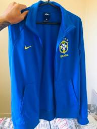 Vende-se blusa oficial do Brasil
