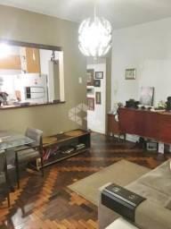 Título do anúncio: Apartamento à venda com 2 dormitórios em Rio branco, Porto alegre cod:9934408