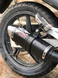 Escape esportivo COYOTE Twister 250 Honda