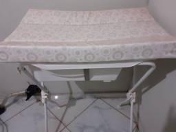 Banheira de bebe semi nova