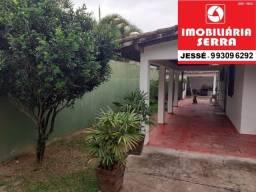 JES 021. Casa em jacaraípe 3 quartos 2 suítes, quintal, varanda. Há 100 M da praia.