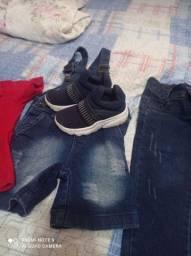 Vendo roupa de criança semi nova de 1 a2 anos