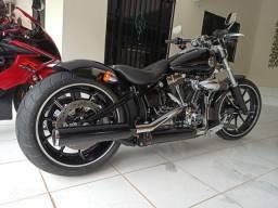 Harley-Davisson SOFTAIL BREAKOUT