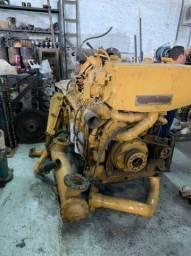 Vendo motor caterpilar de 600 com kit manutencao novo