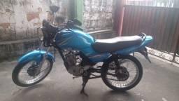 Vendo ybr 125 2005