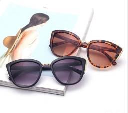 Óculos  de sol estilo gatinho
