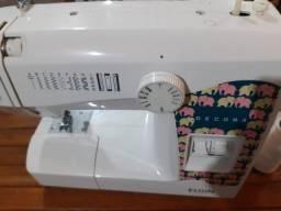 Maquina de costura Elgin Jx - 2080 com Pedal