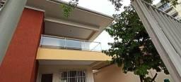 Maravilhosa casa em Jardim Camburi.