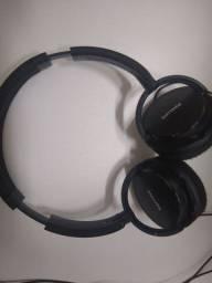 Fone de ouvido com fio