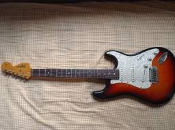 Tagima Stratocaster das antigas 3 caps Sergio Rosar True Vintage + case KGB