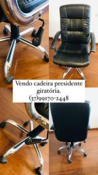 Cadeira Presidente Giratória