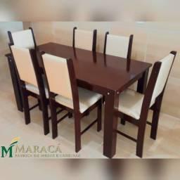 Conjunto de Mesa com Cadeiras - Madeira Maciça