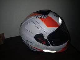 Vwndo capacete